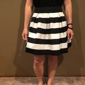 Black and White Express skirt